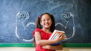 راههای دنیای آنلاین برای ایجاد انگیزه کسب موفقیت در دختران