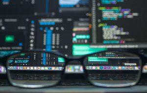تزریق SQL پیشرفته — انگشتنگاری پایگاه داده و شناسایی عمومی برای اجرای حملهای مؤثرتر