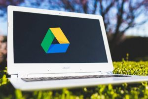گوگل درایو و مدیریت سطح دسترسی به فایلها توسط سایرین