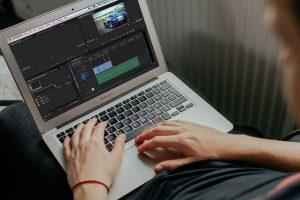 ویرایش آفلاین — چگونه ویدیوهای ۴K را روی سختافزار ضعیف ادیت کنیم؟