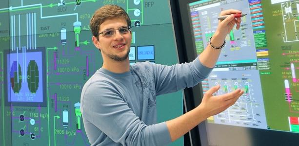 دانشمند داده یا مهندس کامپیوتر