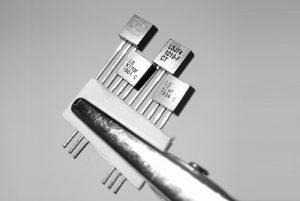 ترانزیستور JFET یا پیوندی اثر میدان — به زبان ساده (+ دانلود فیلم آموزش رایگان)