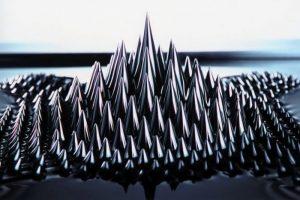 فروفلوئید (Ferrofluid) — زنگ تفریح [ویدیوی کوتاه علمی]