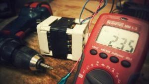 مولتی متر چیست | نحوه استفاده (+ فیلم آموزش رایگان)