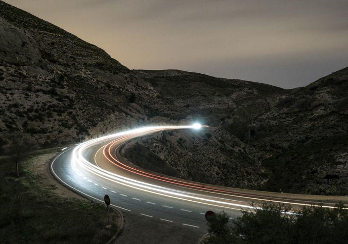 سرعت نور — زنگ تفریح [ویدیوی کوتاه علمی]