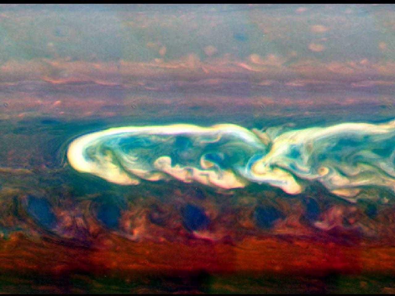 طوفان در زحل — تصویر نجومی روز