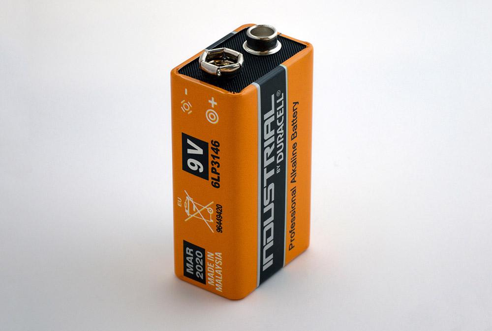 تشخیص وضعیت باتری در جاوا اسکریپت — از صفر تا صد