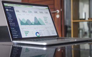 نوشتن اپلیکیشن وب با پایتون برای علم داده — راهنمای کاربردی