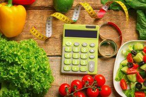 محاسبه کالری مورد نیاز روزانه — هر آنچه باید بدانید