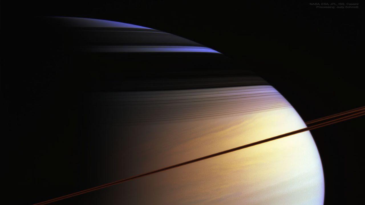 رنگ های سیاره زحل — تصویر نجومی روز