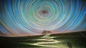 رد ستاره ها در قطب شمال — تصویر نجومی روز