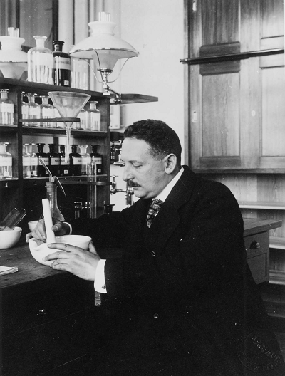 پدر علم بیوشیمی