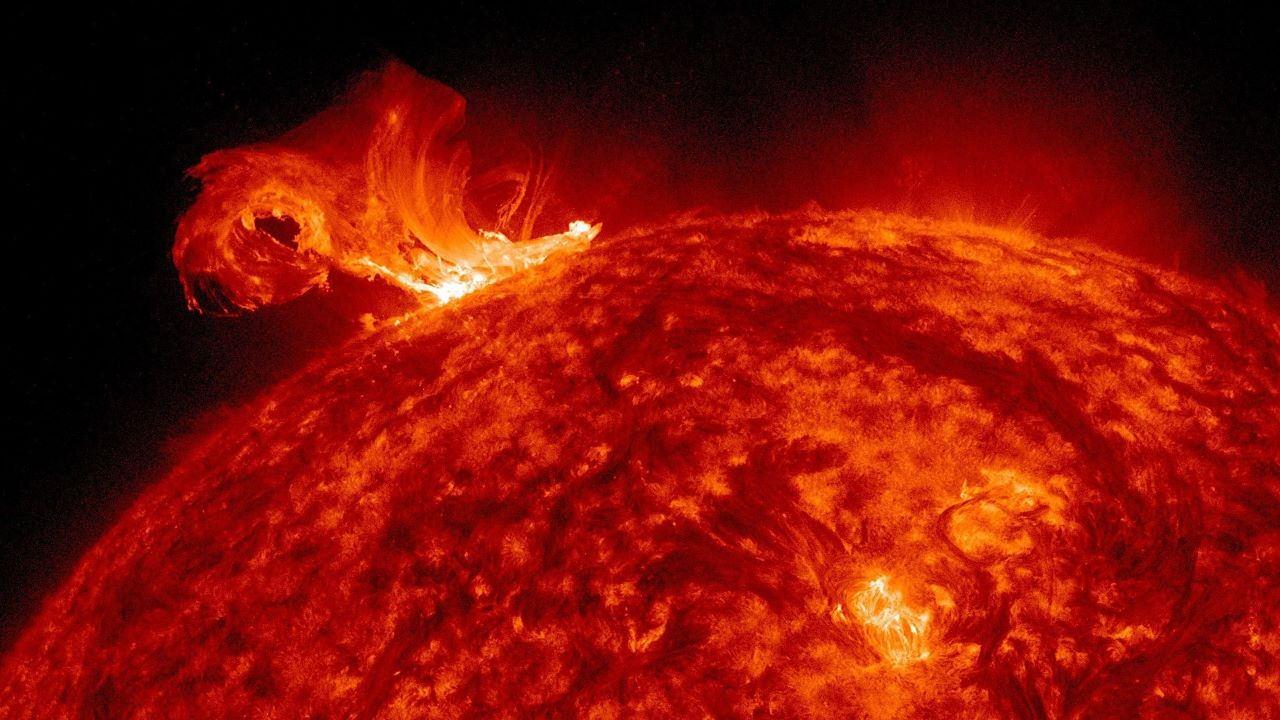 باد خورشیدی — ویدیوی علمی