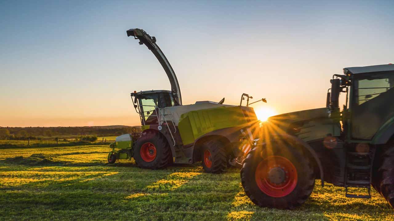 رشته ماشین های کشاورزی   معرفی گرایش ها، حقوق و درآمد و بازار کار