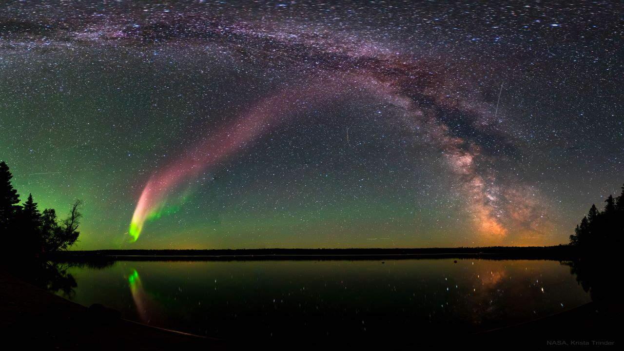 پدیده استیو و راه شیری — تصویر نجومی