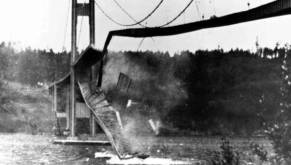 تخریب پل بر اثر وزش باد