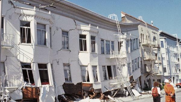 آسیب به ساختمان بر اثر زلزله