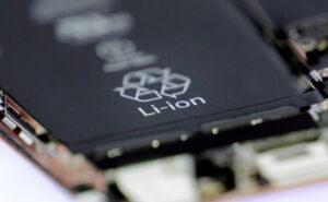باتری لیتیومی چیست؟ — به زبان ساده