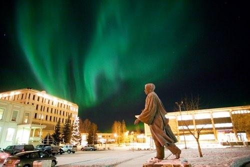 دانشگاه آلاسکا و شفق قطبی