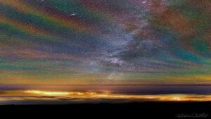 هواتاب رنگین کمانی — تصویر نجومی