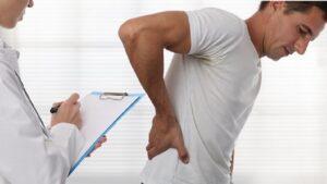 کمر درد چیست؟ — علت کمردرد و راه های درمان آن