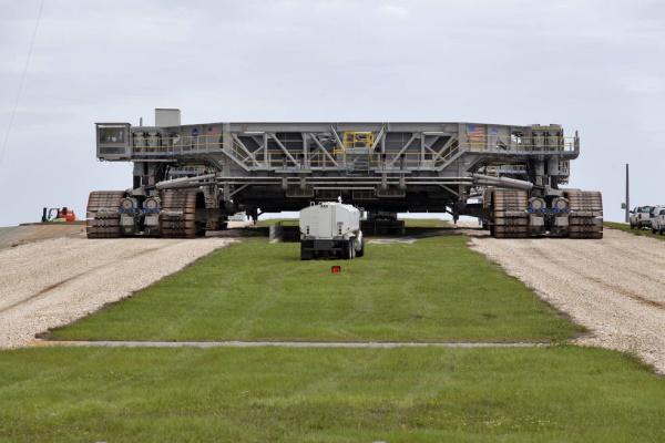 کراولر مجتمع فضایی کندی ناسا