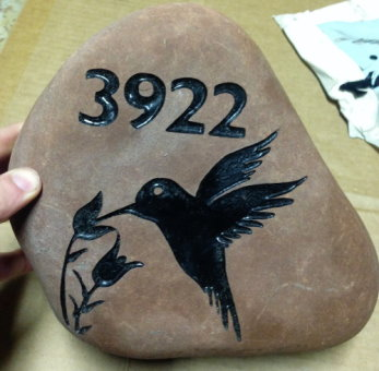 طراحی روی سنگ با سندبلاست