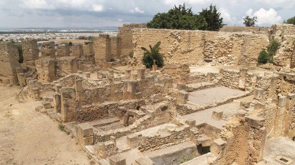 نمونهای از سازه مستحکم ساخته شده توسط سنگدانههای مقاوم در دوران رم باستان