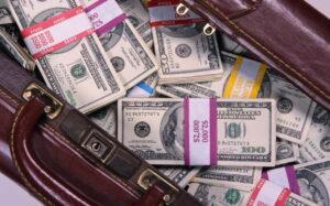 پولشویی چیست ؟ | روش ها، قانون، مراحل و جرم پولشویی — به زبان ساده