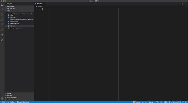 تصویری از محیط VS Code که تمام امکانات برای برنامه نویسی به زبان COBOL در آن فراهم شده است.