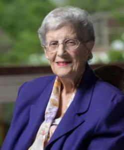 خانم Jean E. Sammet ، از طراحان اصلی زبان برنامه نویسی COBOL