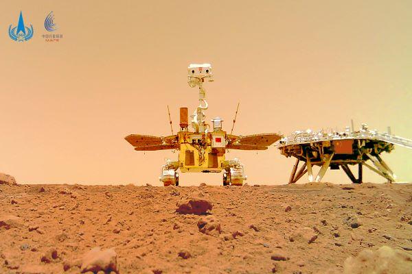مریخ نورد ژورونگ روی مریخ