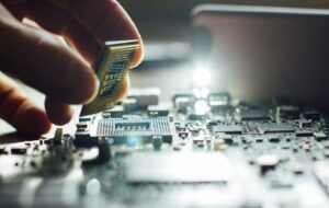 microprocessor چیست ؟ — همه دانستنی ها در مورد ریزپردازنده — به زبان ساده
