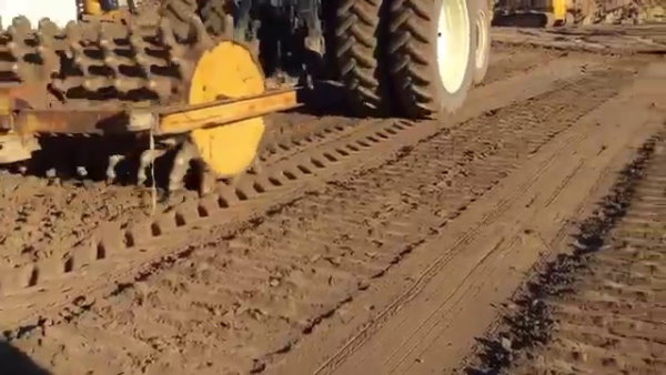 نحوه عملکرد غلتک پاچه بزی برای تراکم خاکهای چسبند و نرم