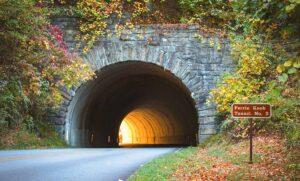 تونل چیست ؟ — انواع، کاربردها و مراحل ساخت — به زبان ساده