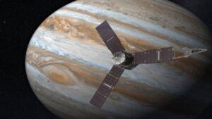پرواز جونو از نزدیک گانیمد و مشتری — تصویر نجومی